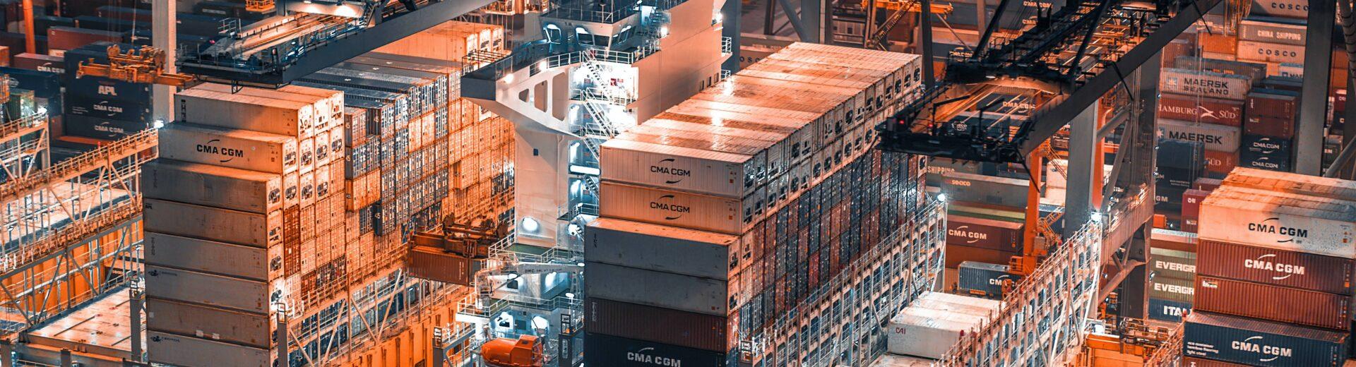 Hafen-Logistik